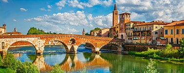 Villas and semi-detached houses for sale in Verona (Italy)
