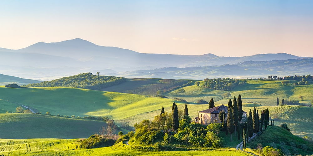Villas and semi-detached houses for sale in Tuscany (Italy)